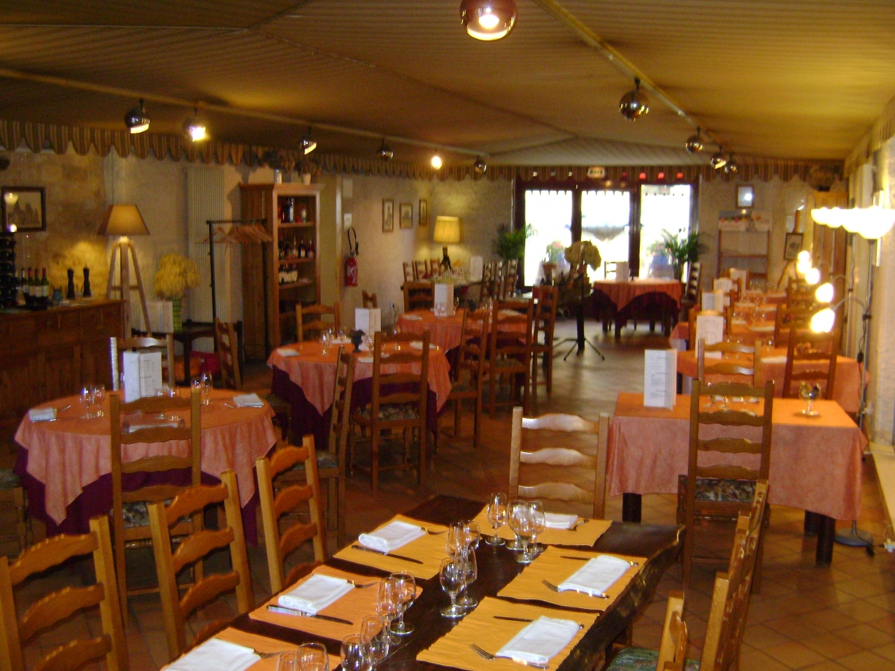 Restaurant Traditionnel à BEAUMONT DU PERIGORD 24440